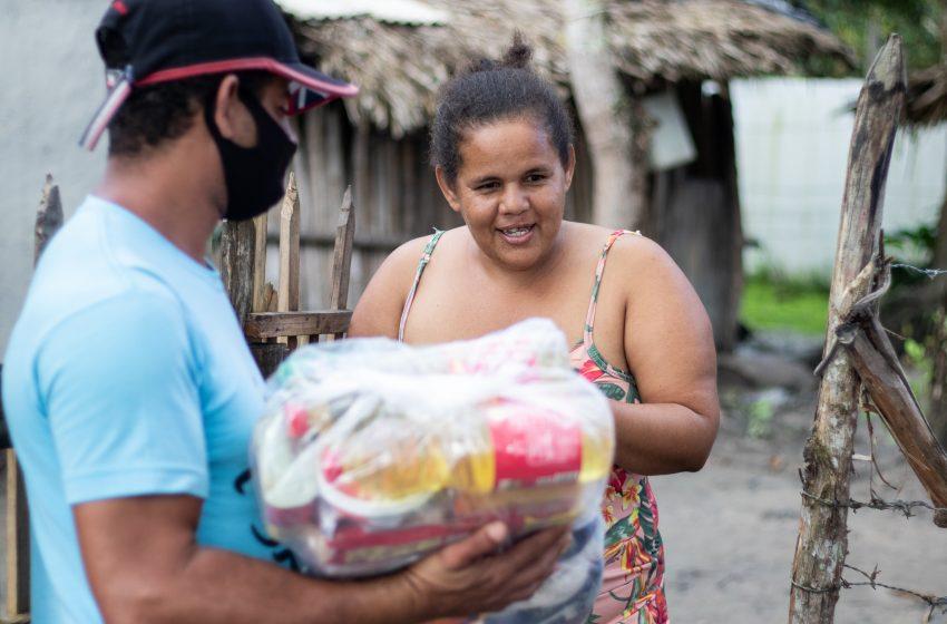 Quem tem Fome tem Pressa: Cestas básicas do programa são distribuídas por toda cidade